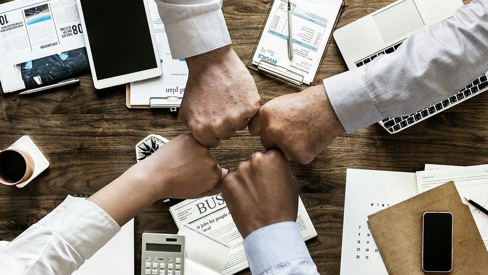 team work meetings hands